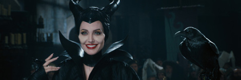 maleficent-angelina-jolie-slice3